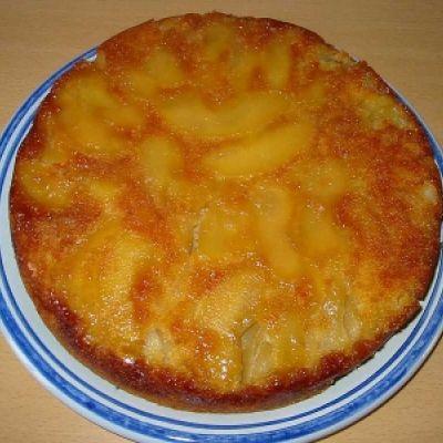 Gâteau aux pommes et au caramel