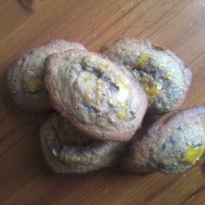 Madeleines à la noix de coco et au grué de cacao